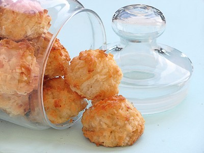 biscotti al cocco di cotto e mangiato,biscotti al cocco,ricette dolci di cotto e mangiato,biscotti,cocco,