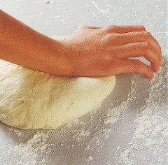 pizza base1.jpg