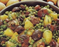 Padellata di patate, funghi e piselli