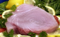 Pesce spada con piselli